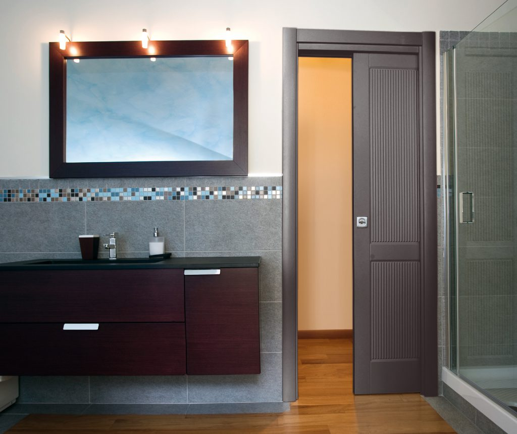 Space single door with frame